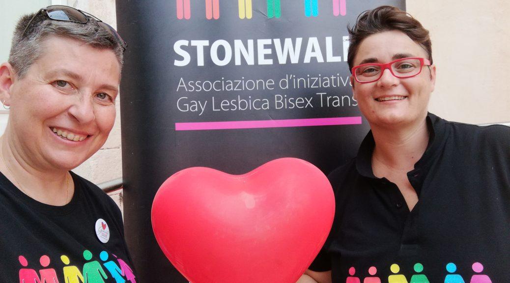 Tiziana Biondi e Carmen., Stonewall